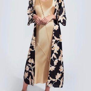 Rachel zoe box of style drape